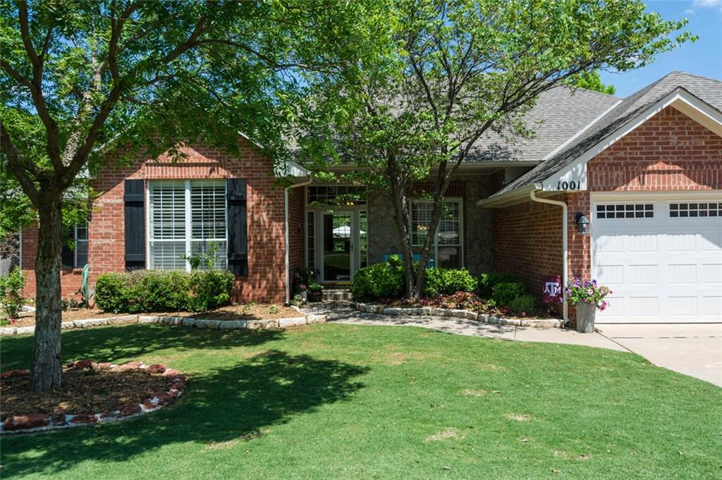 SEE THIS GEM in Hunters Pointe! Wood floors, bright white kitchen and fenced backyard with trees that backs to a creek are only a few of the features that are charming about this home.  Boasting of four bedrooms AND a study, TWO living rooms and a formal dining, this home has all the features you'd expect in this quality built home. This cheerfully bright white kitchen will keep you smiling and the updated colors of this charming home allow you to move right in! This split floor plan is all on ONE LEVEL!  Included are: security system, ceiling fans, two pantries, built in microwave & oven, and these were all new in 2013: hot water heater, furnace and roof!  Enjoy the expansive concrete patio with room for grilling and on cool crisp evenings, hang out around the inground firepit.  All bedrooms are roomy with walk in closets.  See it now!