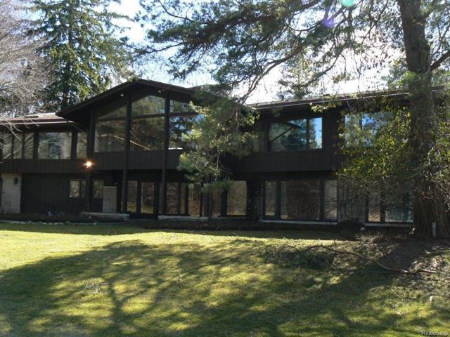 101 CRANBROOK RD, Bloomfield Hills, MI 48304
