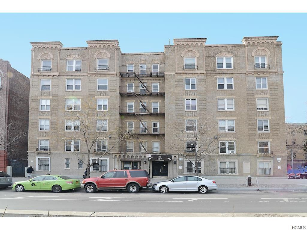 1075 Grand Concourse 2D, Bronx, NY 10452