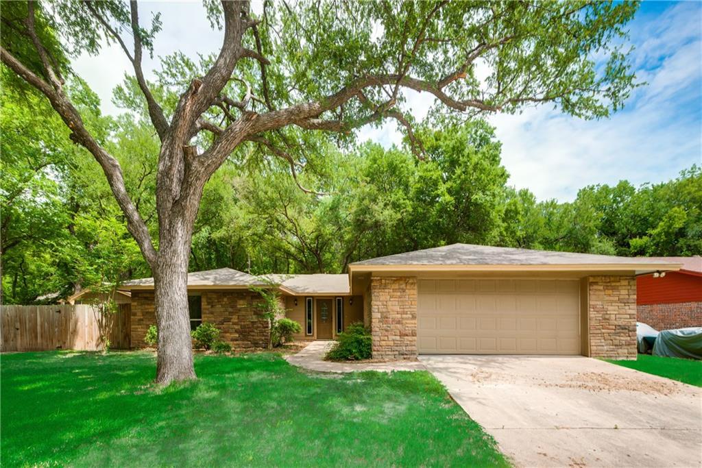 301 Hidden Valley Drive, Aledo, TX 76008