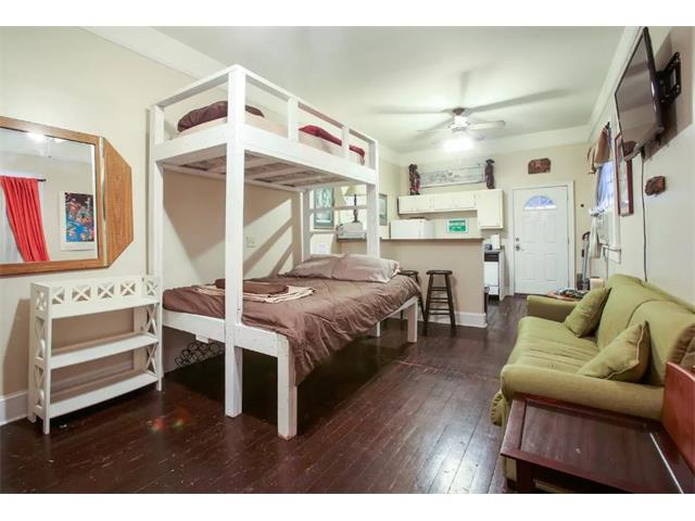 1824 BURGUNDY Street C, New Orleans, LA 70116