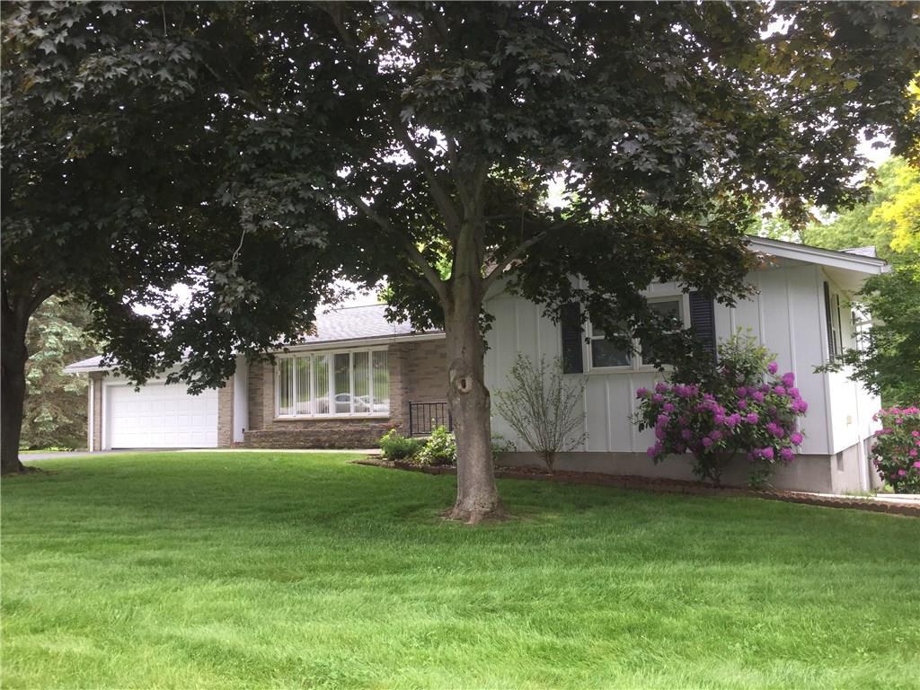 4 Nixon ST, Cumberland, RI 02864