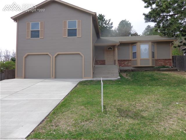 1735 PALM Drive, Colorado Springs, CO 80918