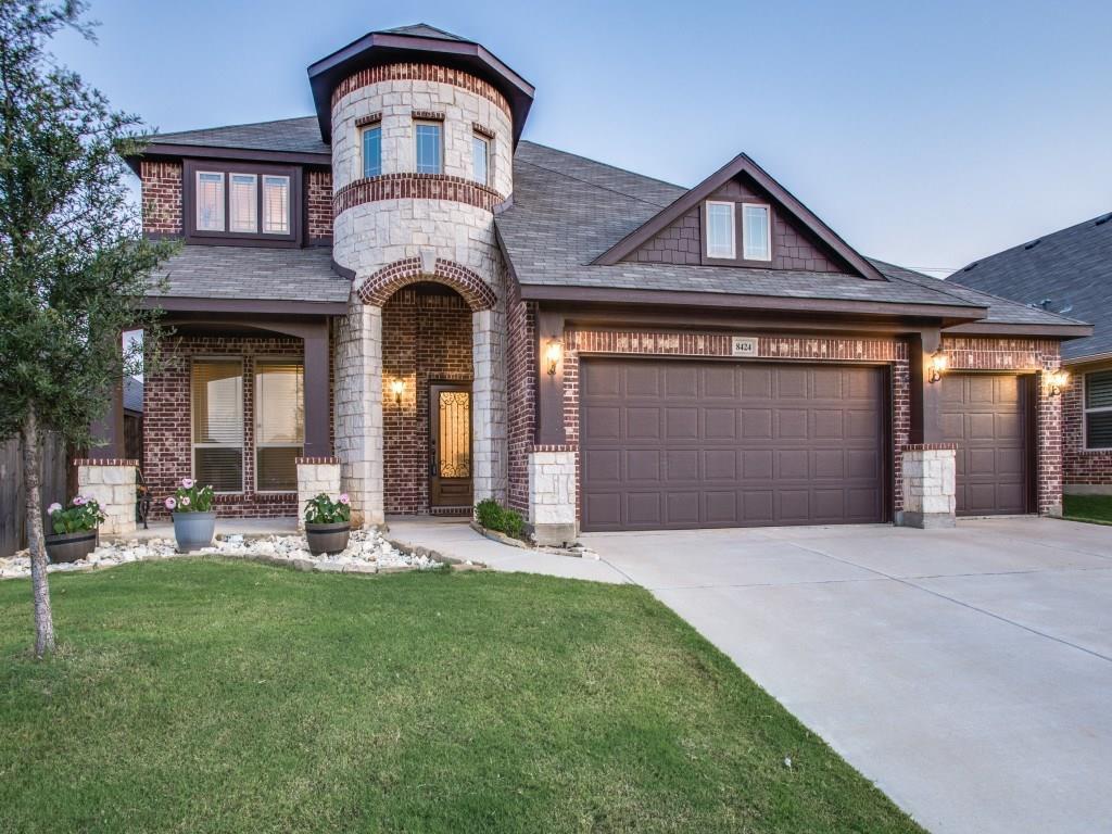 8424 Bonanza Street, Aubrey, TX 76227