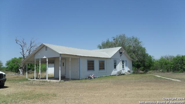 3154 CORGEY RD, Pleasanton, TX 78064