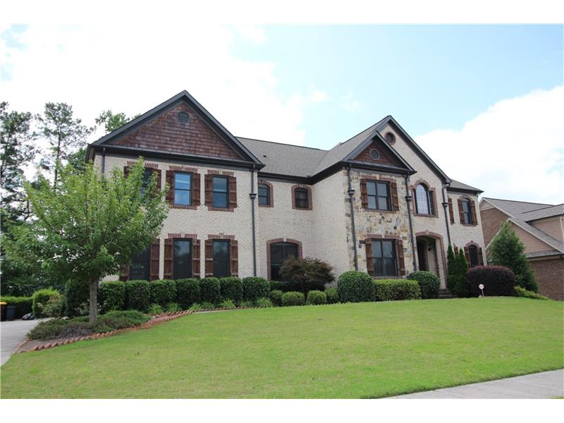 530 Settles Brook Court, Suwanee, GA 30024