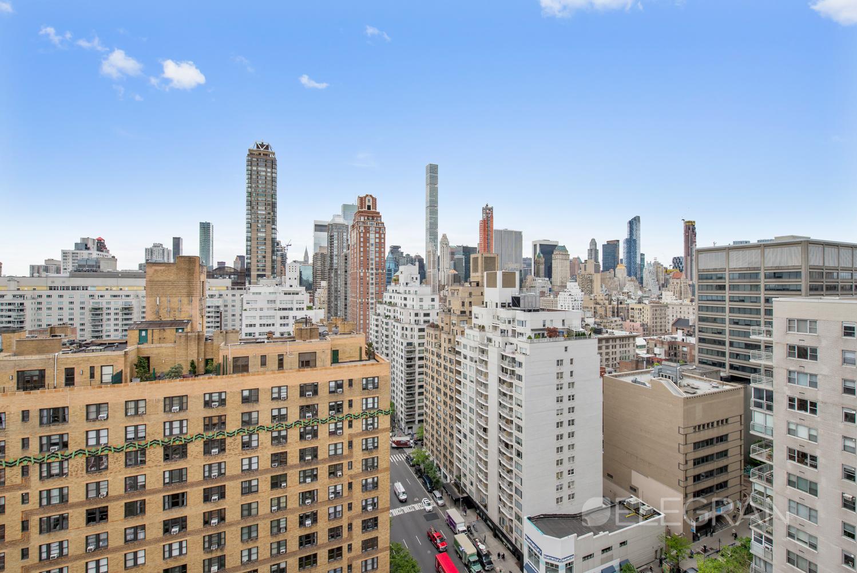 200 E 69TH ST 21C, Manhattan, NY 10021