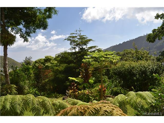 3694 Woodlawn Terrace Place, Honolulu, HI 96822
