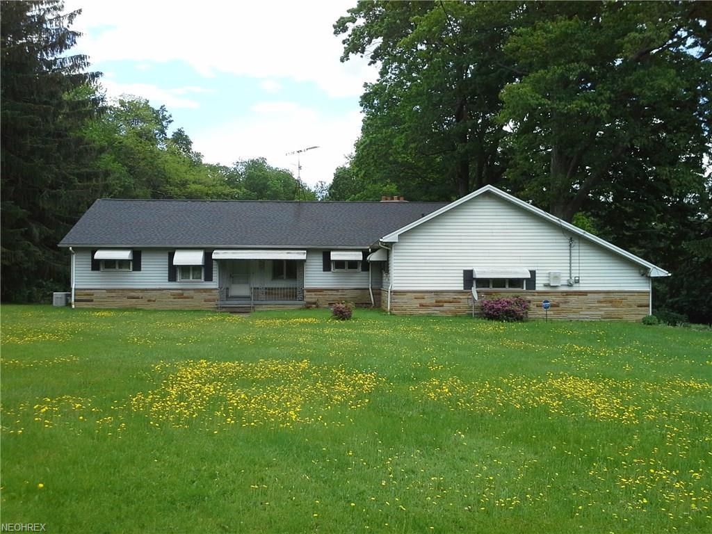 11865 Auburn Rd, Chardon, OH 44024