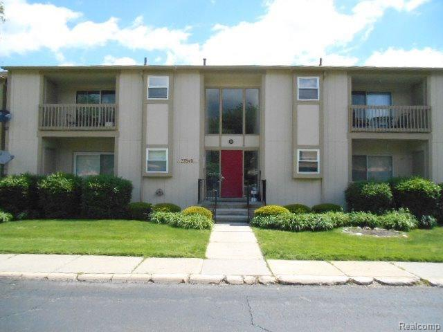 27840 BERRYWOOD LN, Farmington Hills, MI 48334