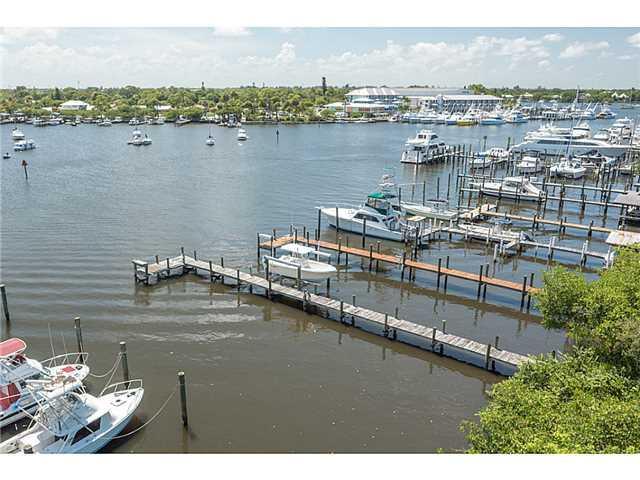 4642 SE Boatyard Avenue, Stuart, FL 34997