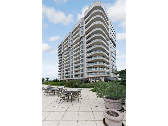 600 PORT OF NEW ORLEANS Place GB, new orleans, LA 70130