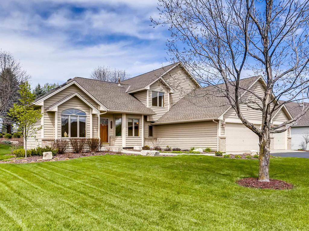 8701 Comstock Lane N, Maple Grove, MN 55311