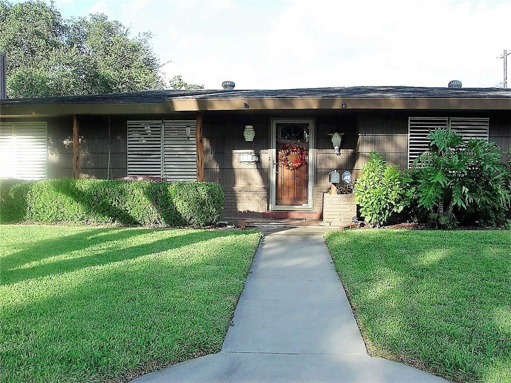 3342 Casa De Amigos Dr, Corpus Christi, TX 78411