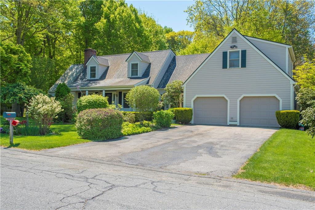 144 Carriage DR, Portsmouth, RI 02871