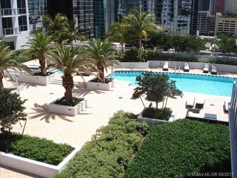 1060 BRICKELL AV 3803, Miami, FL 33131