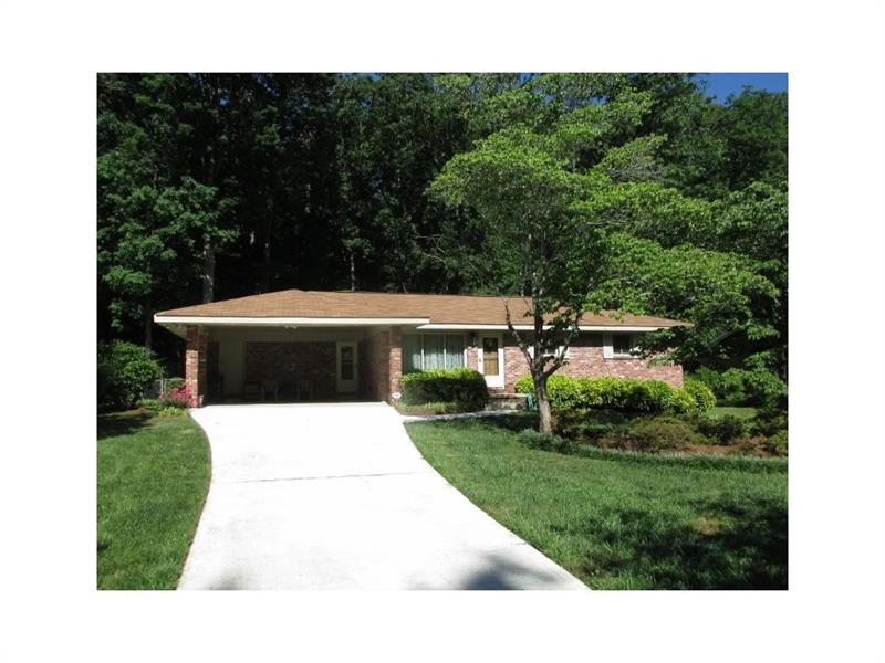 476 Stonewood Drive, Stone Mountain, GA 30087