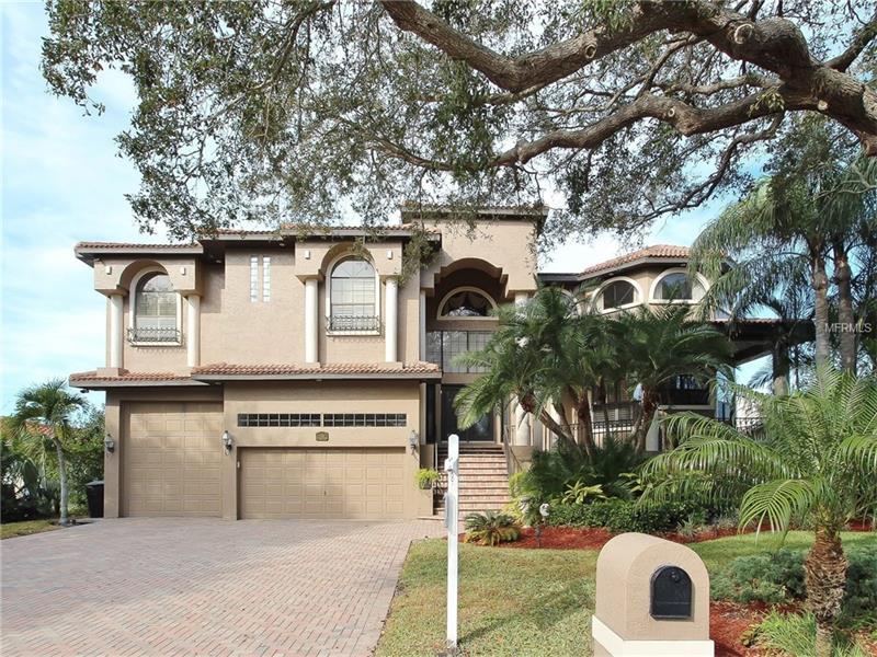 124 LEEWARD ISLAND, CLEARWATER BEACH, FL 33767