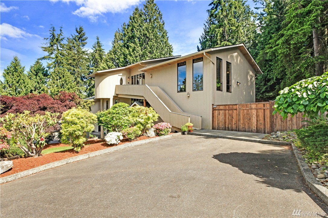 10605 39th Dr SE, Everett, WA 98208