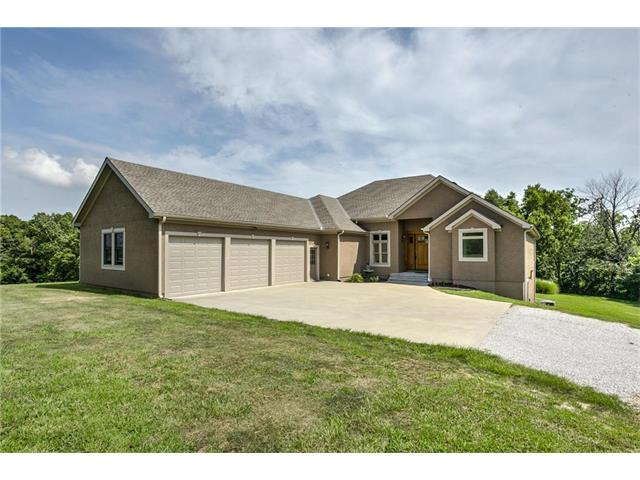 12365 NW 45 Highway, Parkville, MO 64152