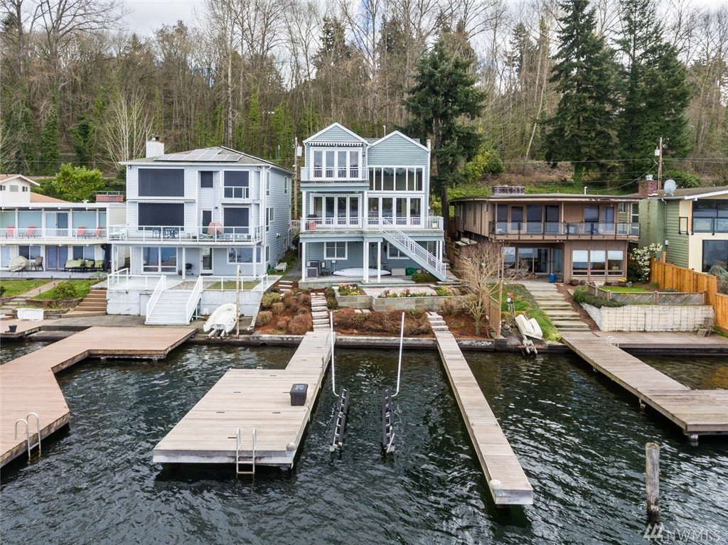 6007 Hazelwood Lane SE, Bellevue, WA 98006