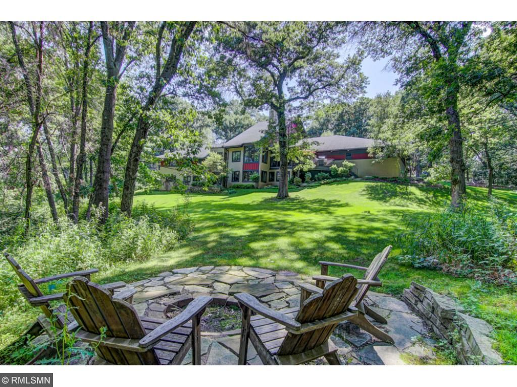 5 Hawk Lane, North Oaks, MN 55127