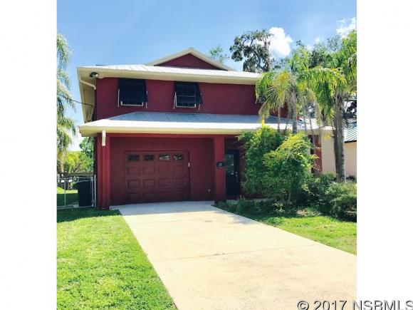 215 Randle Ave, Oak Hill, FL 32759