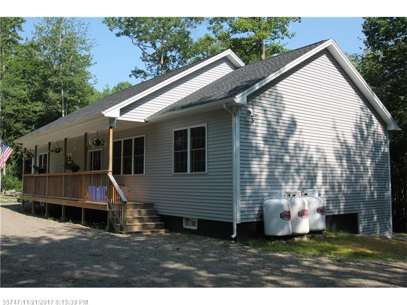53 Oak Point LN , Greenbush, ME 04418