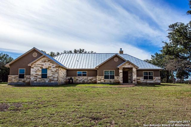 509 MUSTANG CROSSING DR, Pipe Creek, TX 78063