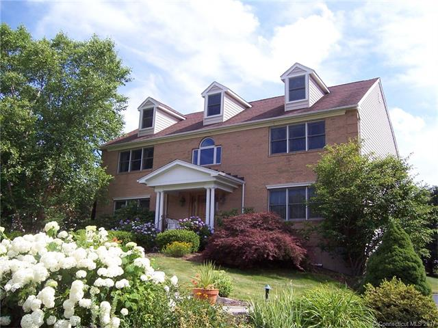 187 Blue Hills Rd, North Haven, CT 06473