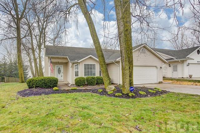 A ROONEY & ASSOC. LISTING! Please contract Brian Whitta (419-701-4040) or Kim Cameron (419-306-7823) for details about this charming home! Volume ceilings in the kitchen and living space connect the two and give a great open feel. Tile backsplash and a bright, large eat-in kitchen. Gas range! Gas fireplace. Large master bedroom with walk-in closet and spacious bathroom. Per the sellers, the furnace was updated in 2014, and interior has been repainted. Good size yard with storage shed. TAKE THE 3D TOUR http://bit.ly/2oA0rSg  and then schedule your personal tour!