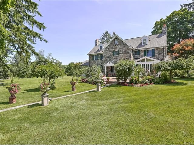 1 High Hill Farm Place, Thornwood, NY 10594
