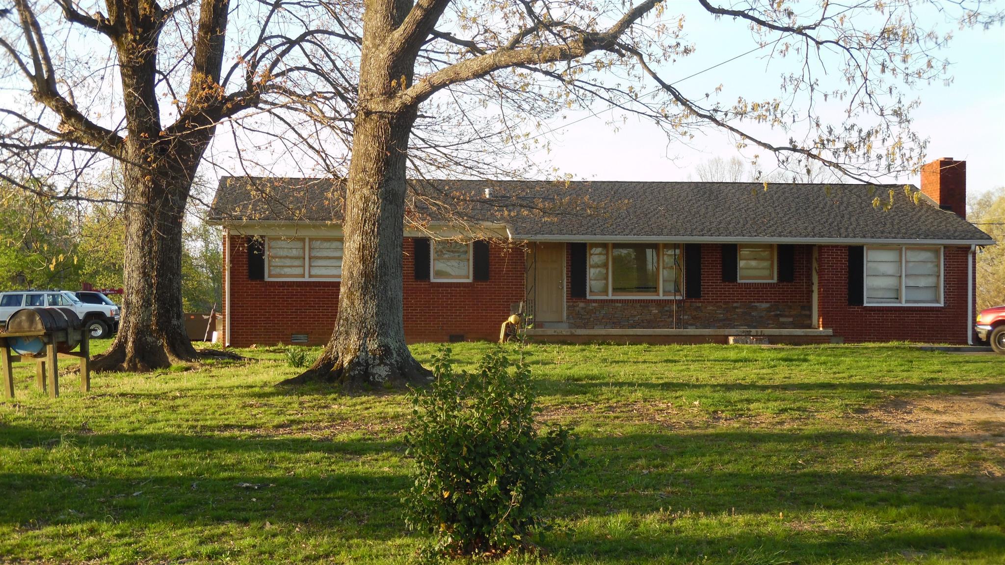 351 Powell Chapel Rd, Pulaski, TN 38478