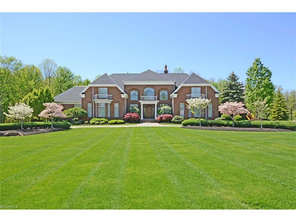 13080 Chase Moor, Strongsville, OH 44136