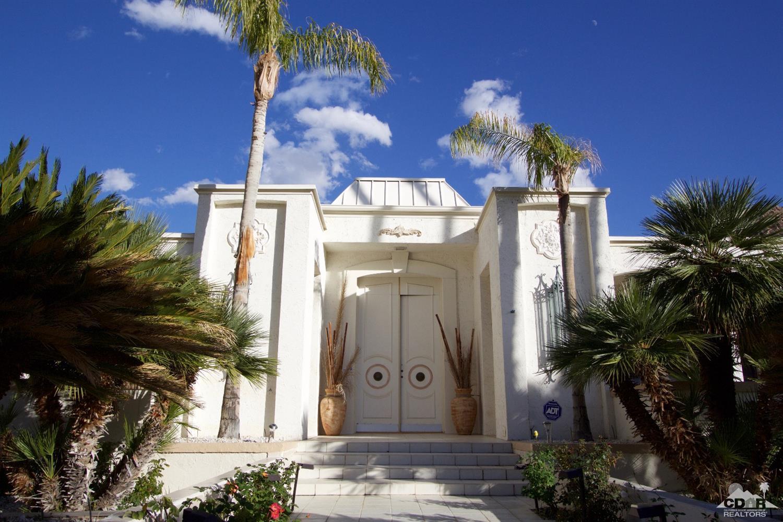 1670 Stonehedge Road, Palm Springs, CA 92264