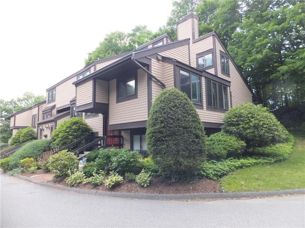 2 Comstock Trail 2, Brookfield, CT 06804