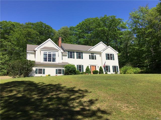 110 Whittlesey Road, Woodbury, CT 06798