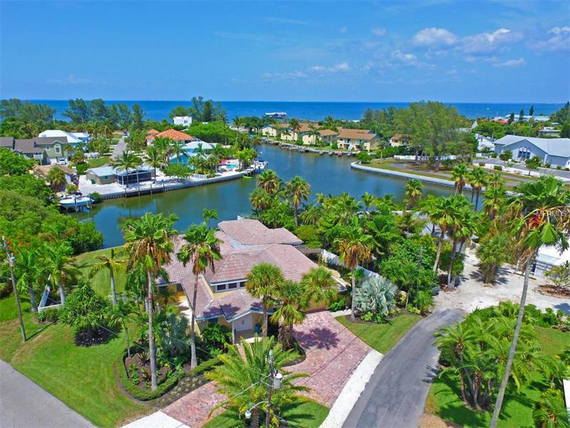 6 LAKEVIEW PLACE, ANNA MARIA, FL 34216