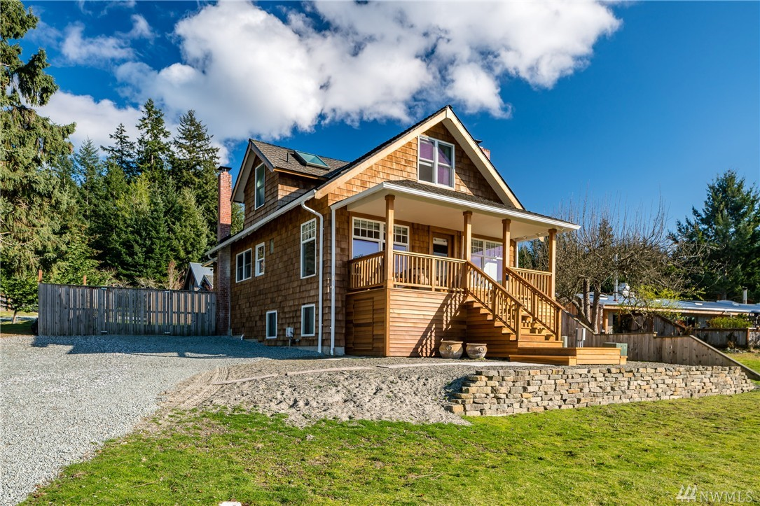 3157 Fisherman Bay Rd, Lopez Island, WA 98261