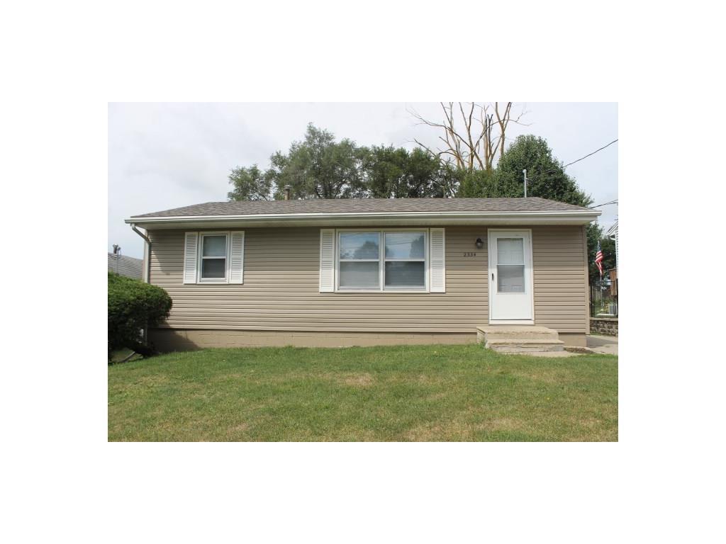 2334 E 41st Street, Des Moines, IA 50317