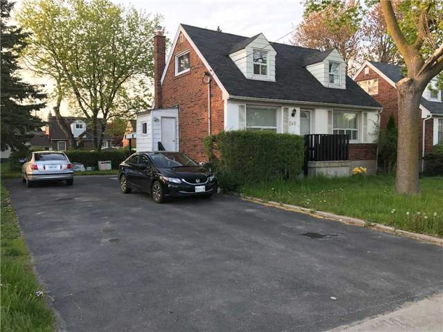 240 W Finch Ave, Toronto, ON M2R 1M7