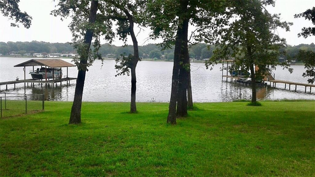 198 lake creek Drive, Mabank, TX 75156