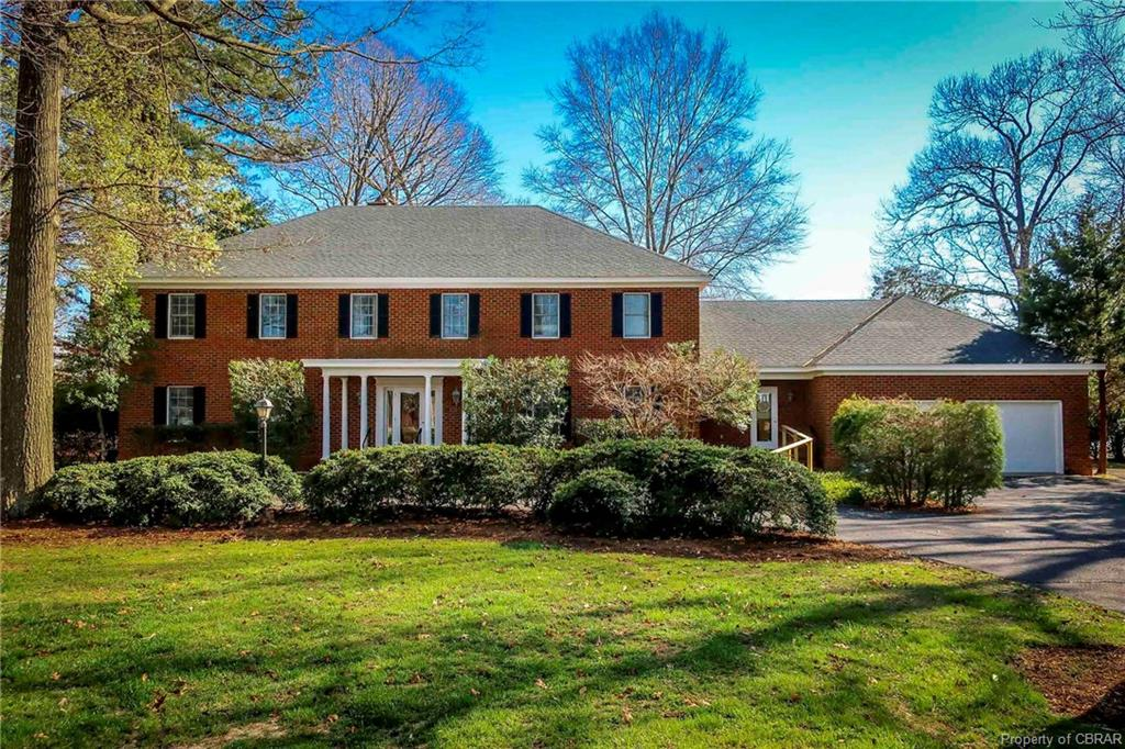 643 Flowering Field, White Stone, VA 22578