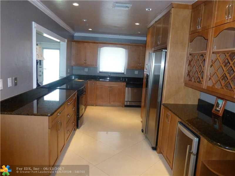 267 Oceanic Ave, Lauderdale By The Sea, FL 33308