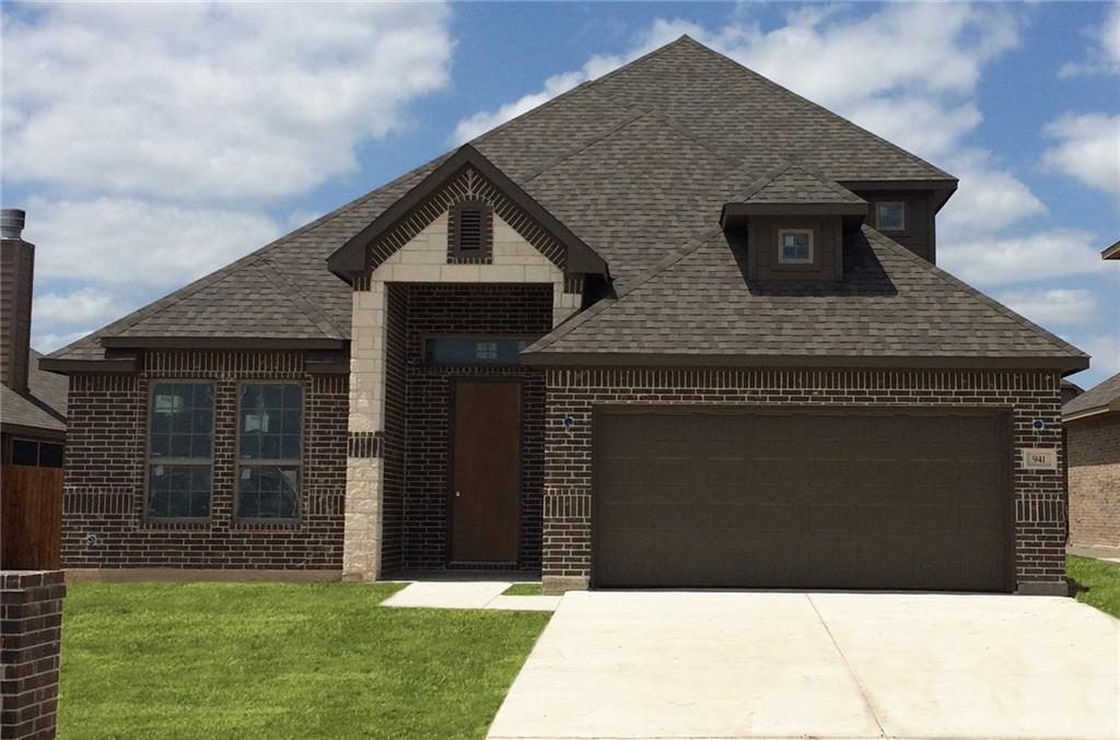 941 Cloudlock Drive, Saginaw, TX 76179