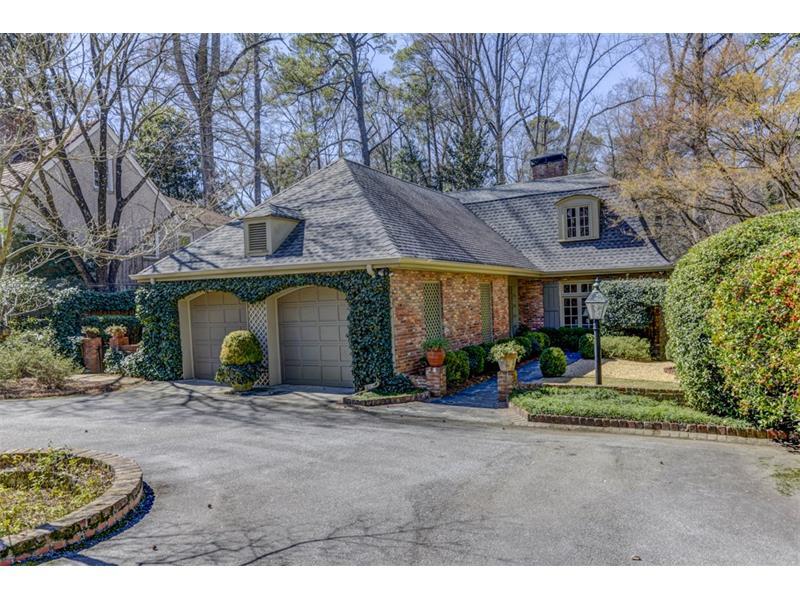 2550 Dellwood Drive, Atlanta, GA 30305