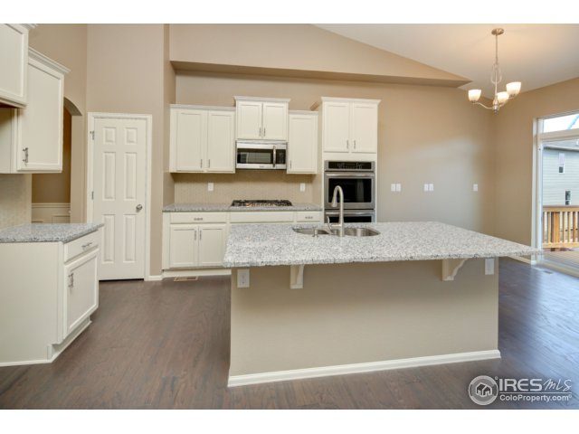 2165 Longfin Dr, Windsor, CO 80550