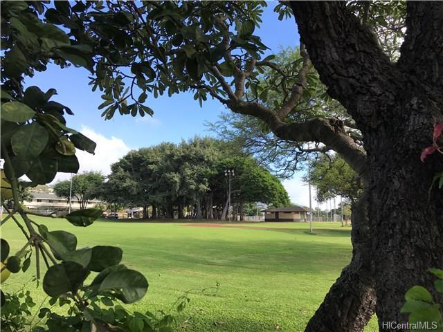 1917 Uhu Street A, Honolulu, HI 96819