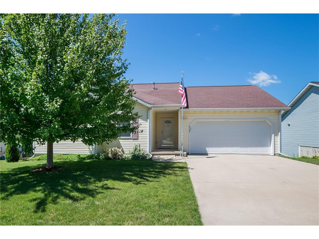 3728 Royal Drive, Cedar Rapids, IA 52404