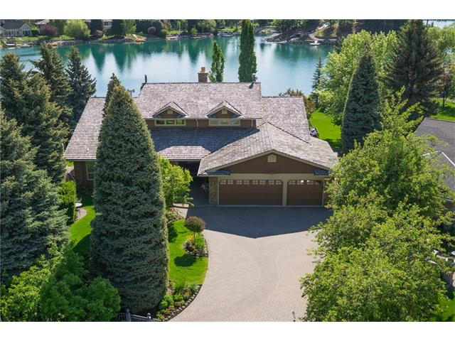 120 LAKE PLACID Green SE, Calgary, AB T2J 5V8